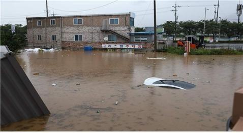 홍수 피해 상황 당시 홍수 피해 상황