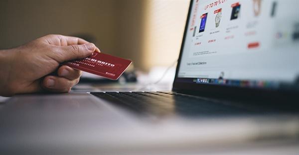 크라우드펀딩으로 인한 소비자 피해가 가중되고 있다.