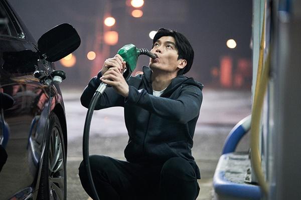 영화 <죽지않는 인간들의 밤> 스틸 컷