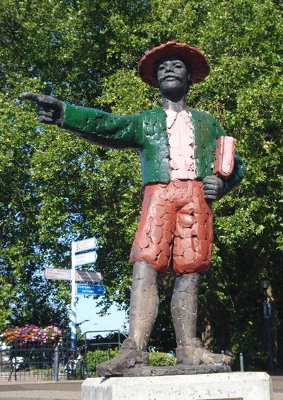 네덜란드 호린험에 세워져 있는 헨드릭 하멜의 동상.