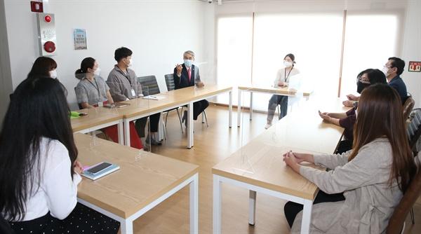 박종훈 경남도교육감은 9월 29일 '위(Wee)카페 다온'을 방문했다.