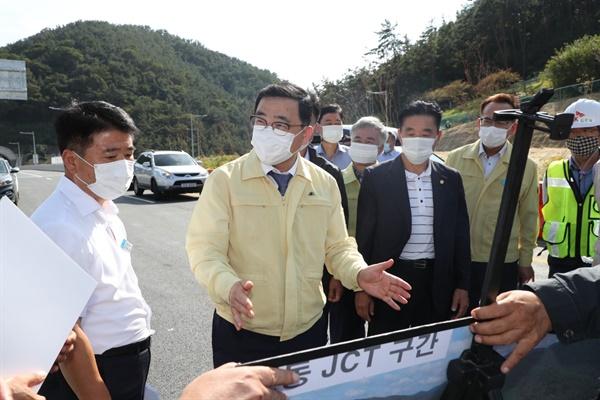 허성무 창원시장, 국도5호선 거제~마산 연결도로 부분개통구간 점검