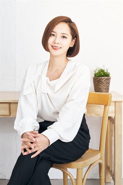 영화 <종이꽃> 배우 유진 인터뷰 사진