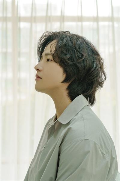 영화 <종이꽃>의 배우 김혜성 인터뷰 사진