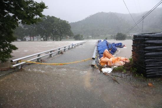 지난 8월 동복댐 방류로 범람한 댐하류 동복천 일원