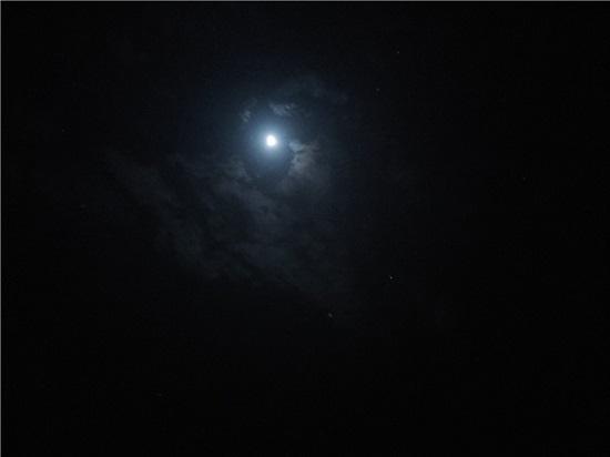 지난 7일 밤하늘 모습.