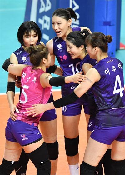 흥국생명 선수들 경기 모습... 2020-2021시즌 V리그 (2020.11.11)
