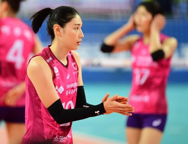 김연경 선수 경기 모습... 2020-2021시즌 V리그 (2020.11.22)