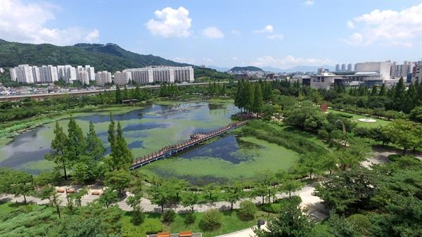 김해 연지공원