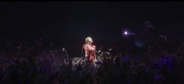 에스파의 '블랙 맘바' 뮤직비디오 말미에 등장한 보아는 12월 1일 컴백을 앞두고 있다. SM엔터테인먼트는 'SM 컬쳐 유니버스'를 통해 자사 아티스트들을 하나의 세계관으로 엮고자 한다.