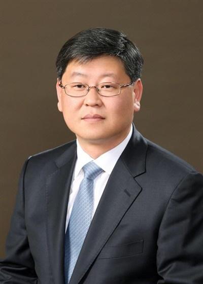 2일 새 법무부 차관으로 내정된 이용구 변호사.