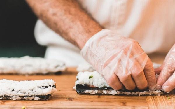 좋은 음식을 만들려면 재료가 풍성해야 하듯 학교생활기록부를 잘 받으려면 다양한 활동을 해야 한다.