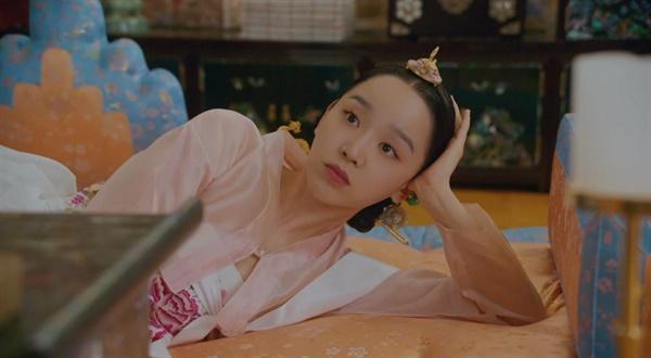 tvN 토일드라마 <철인왕후>의 한 장면