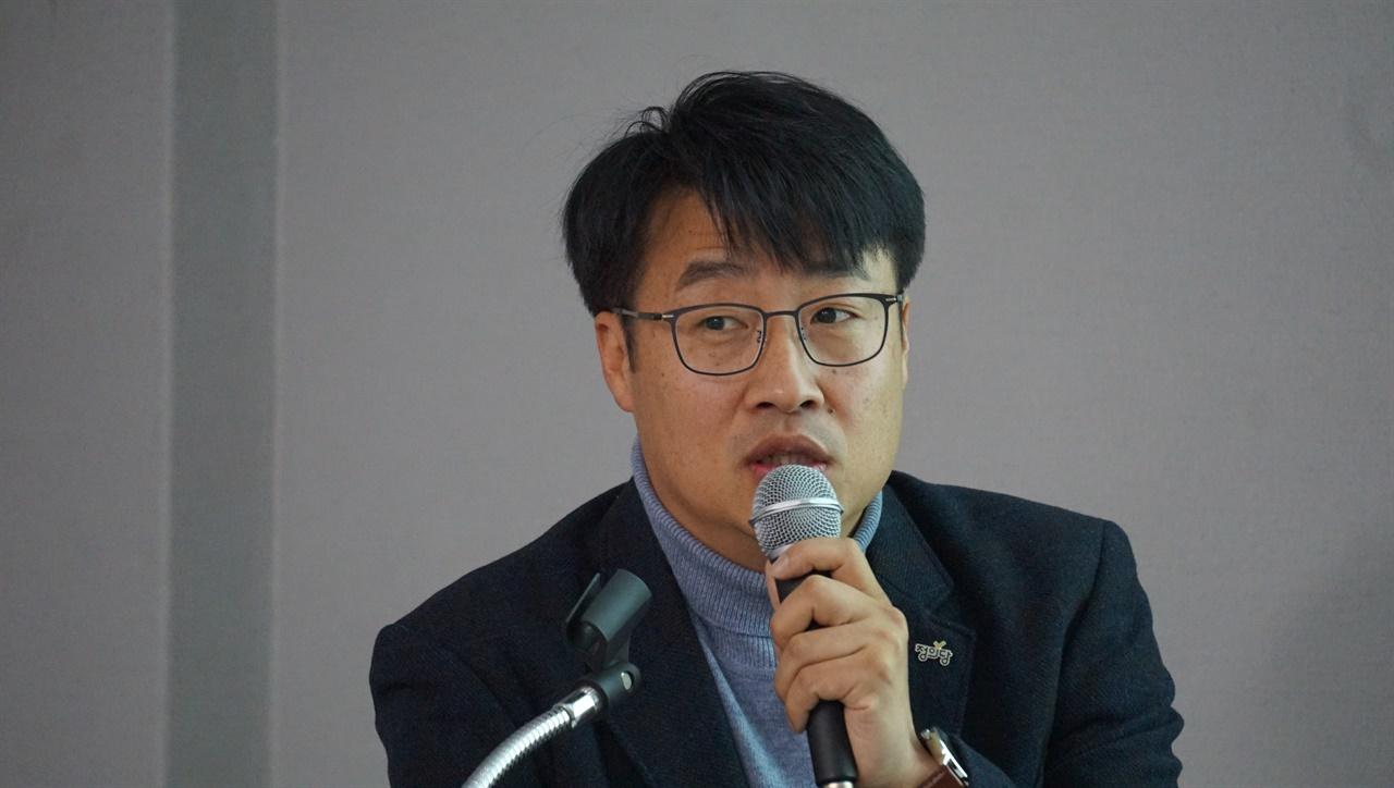 정의당은 이번 보궐선거를 어떻게 준비하고 있을까. 김윤기 정의당 부대표를 전화로 만나봤다.
