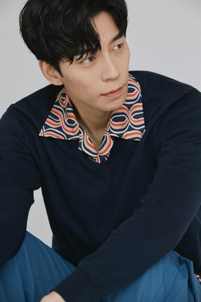 종영한 MBC 월화드라마 <카이로스>의 배우 신성록.
