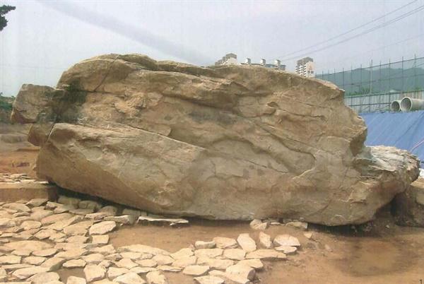 김해 구산동 지석묘.