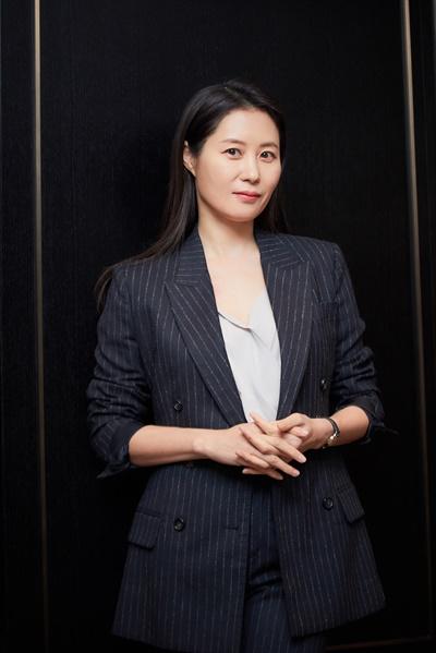 영화 <세자매>에서 미연 역을 맡은 배우 문소리.