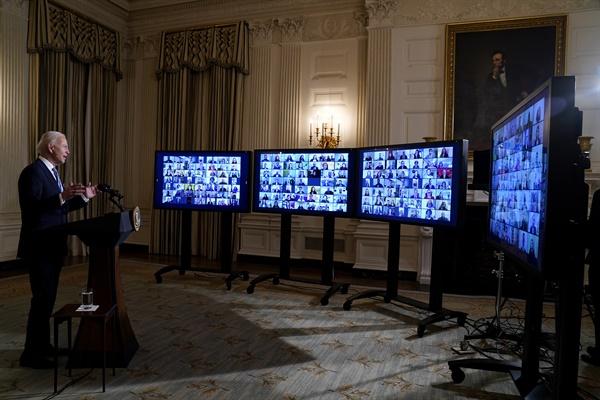 조 바이든 미국 대통령이 20일(현지시각) 워싱턴D.C. 백악관 국무회의실에서 발언하고 있는 모습.
