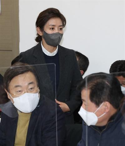 서울시장 보궐선거에 출마한 국민의힘 나경원 전 의원이 21일 서울 마포포럼에서 열린 제20차 '더좋은세상으로' 정례 세미나에 참석하고 있다.
