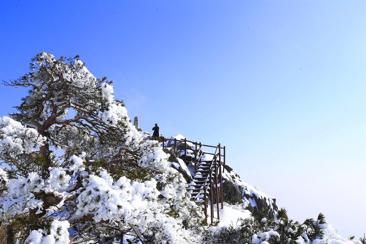 만물상이 감탄을 부르는 성주 가야산의 겨울.