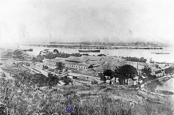 황푸군관학교의 옛 모습. 황포군교는 1924년 제1차 국공합작 직후 쑨원이 코민테른의 지원을 받아 설립했다.