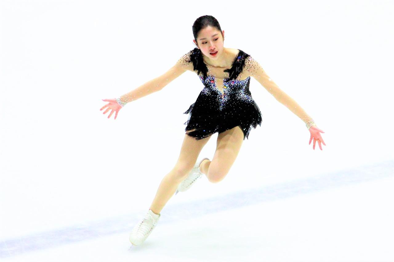 26일 열린 피겨 한국선수권에서 이해인 선수가 프로그램을 펼치고 있다.