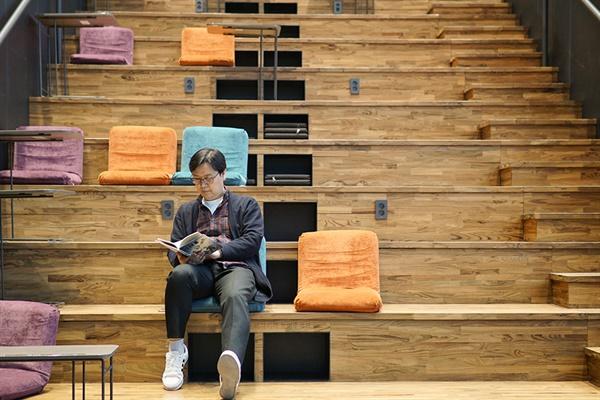 귀신 보는 추리 탐정, 콩 5, 이름 없는 아이와 최판관을 쓴 김태호 작가