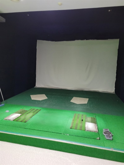 김아무개씨는 스크린골프장 개업 8년만인 2021년 1월 결국 폐업했다.