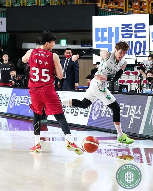 두경민(사진 오른쪽)은 김낙현의 좋은 파트너가 되어 줄수 있을까?