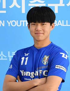 결승전 결승골의 주인공 박승호 선수. 이번 대회 득점상을 수상했다.