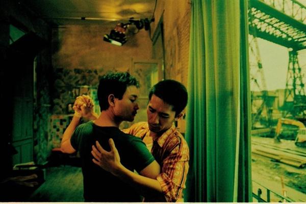 영화 <해피투게더>의 한 장면, 남편의 멱살잡이 싸움을 보며 떠올린 내 마음의 장면