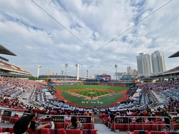 지난 6월 19일 두산과 kt의 더블헤더가 열린 수원 KT 위즈파크.