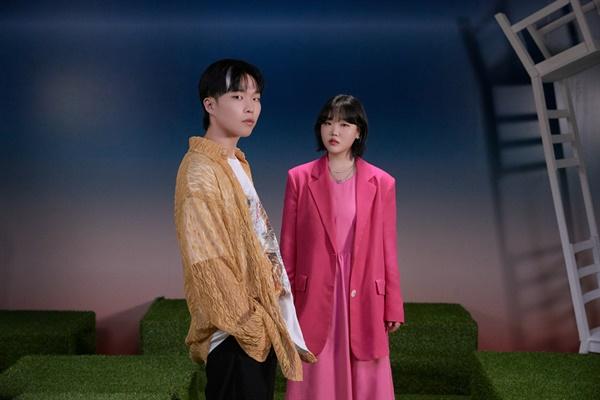 AKMU, 콜라보 앨범으로 컴백 AKMU(악동뮤지션) 콜라보레이션 앨범 <넥스트 에피소드(NEXT EPISODE)>.