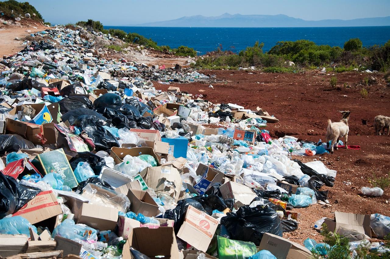 코로나 이후 쓰레기는 하루가 다르게 늘어나고 있다.