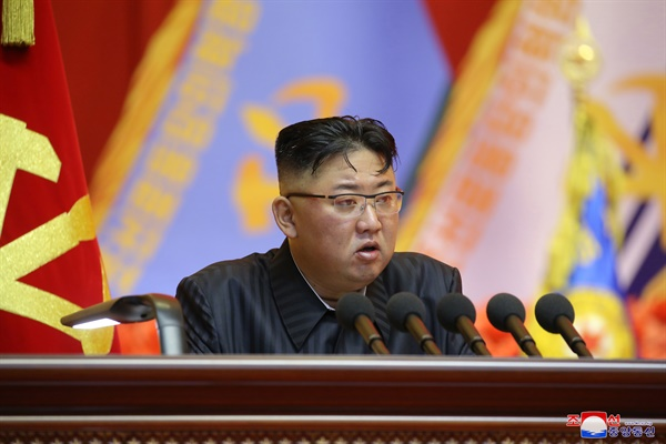 북한 김정은 국무위원장. 사진은 지난 7월 24일부터 27일까지 평양에서 열린 조선인민군 제1차 지휘관·정치일꾼(간부) 강습회 당시 모습.