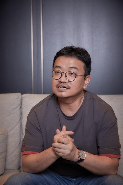 드라마 <방법>에 이어 영화 <방법: 재차의> 각본을 쓴 연상호 작가.