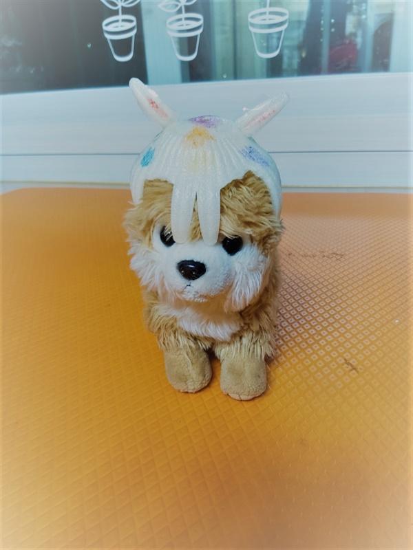 셋째 아이가 복숭아 포장재로 만든 강아지 토끼 모자