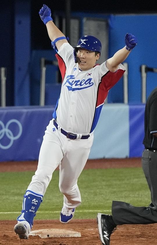 도쿄 올림픽에서 맹타를 휘두르고 있는 김현수