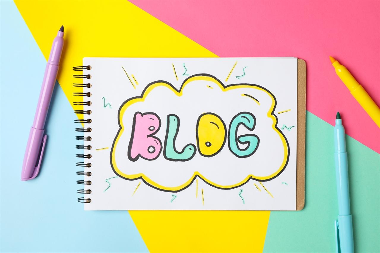 아이는 뭔가 자꾸 하고 싶은지 네이버 카페를 만들고 싶다고도, 블로그를 만들고 싶다고도 했다.