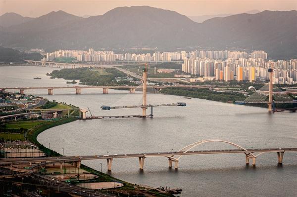 아차산, 용마산, 세종-포천 고속도로