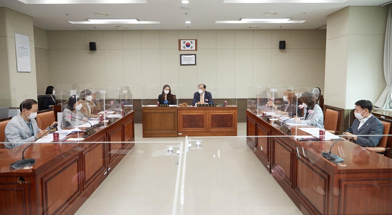 경기 용인시의회 의회운영위원회는 24일 회의를 통해 제257회 임시회를 오는 9월 1일부터 6일까지 6일간의 일정으로 개회하기로 했다.