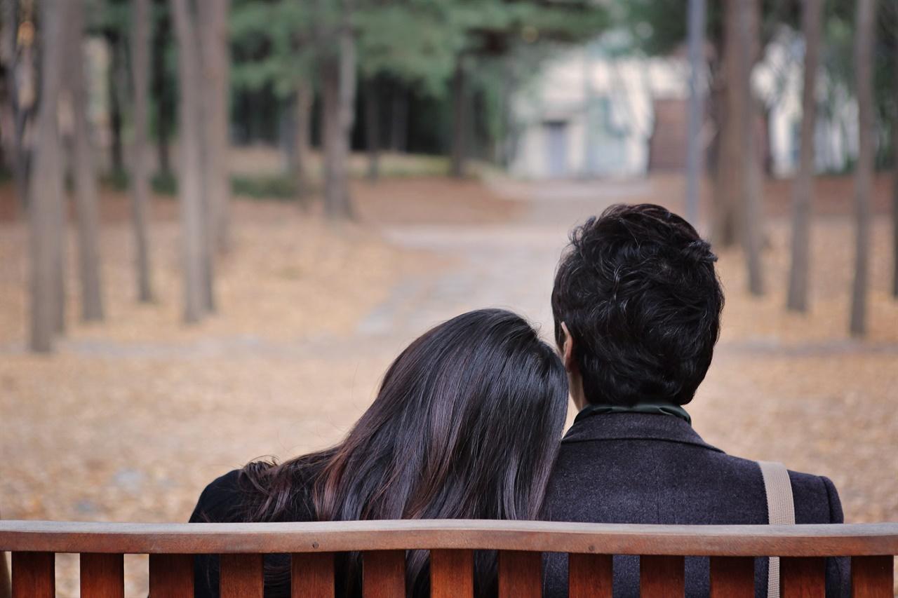 중년의 사랑 중년에 부부도 충분히 사랑할 수 있다.