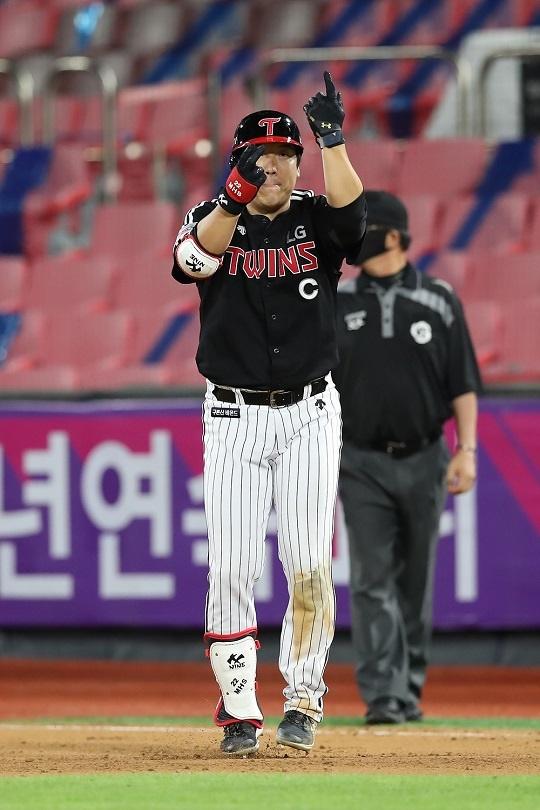 도쿄 올림픽을 전후해 KBO리그에서 부진한 LG 김현수