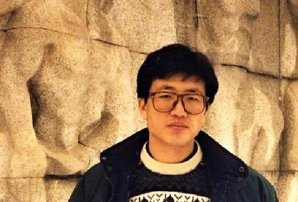 <코르셋>으로 데뷔한 정병각 감독