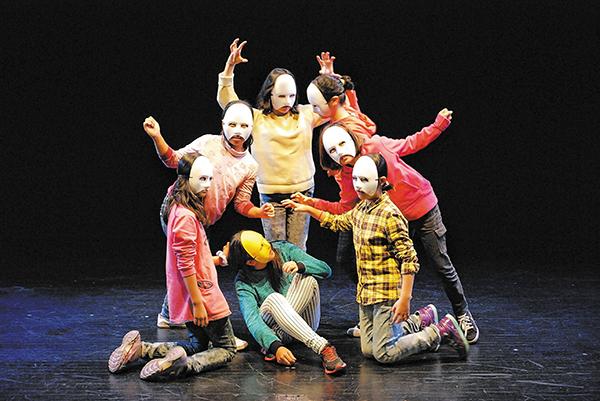 지역 어린이연극잔치 연계와 관련해서 인 부회장은 각 지역에서 도출되는 문제점들을 공유하고 해결해 가는 핵심 역할을 전국어린이연극잔치 운영위원회에서 할 필요가 있다고 말했다.