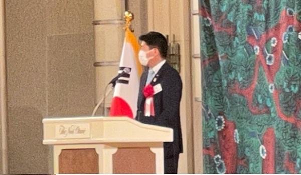 이시카와 히로타카(石川博崇) 참의원 국회의원이 내빈인사를 하셨습니다.