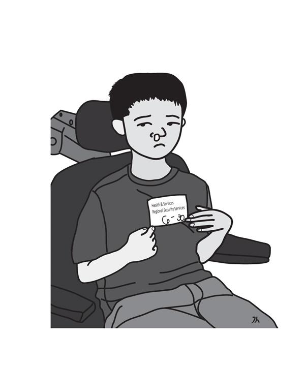 병원 진료실 의자에 앉아 치료를 받는 아이