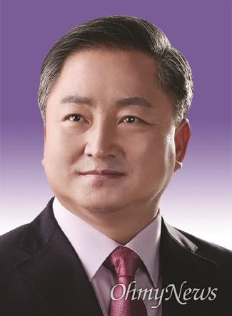 이동업 경북도의원.