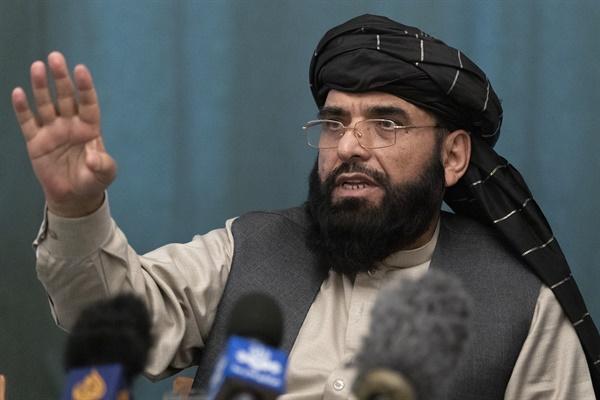 아프가니스탄 이슬람 에미리트(아프가니스탄 탈레반 과도정부)가 새 유엔 대사로 임명한 수하일 샤힌.