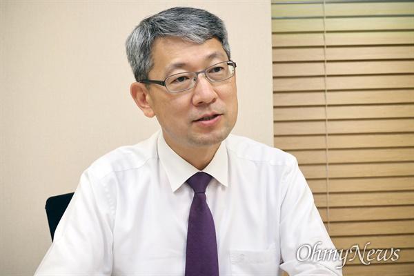 김홍빈 분당서울대병원 감염내과 교수.